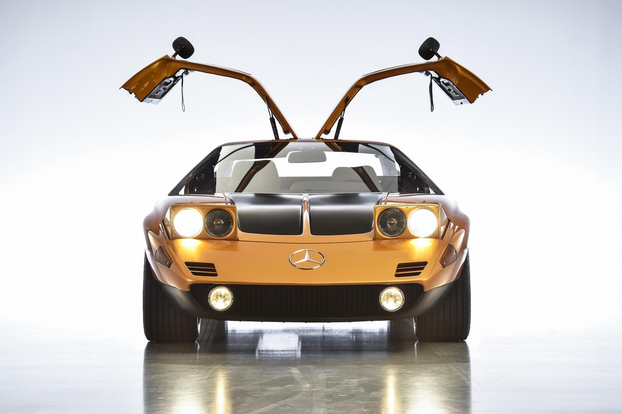 Mercedes C111 - II (8)