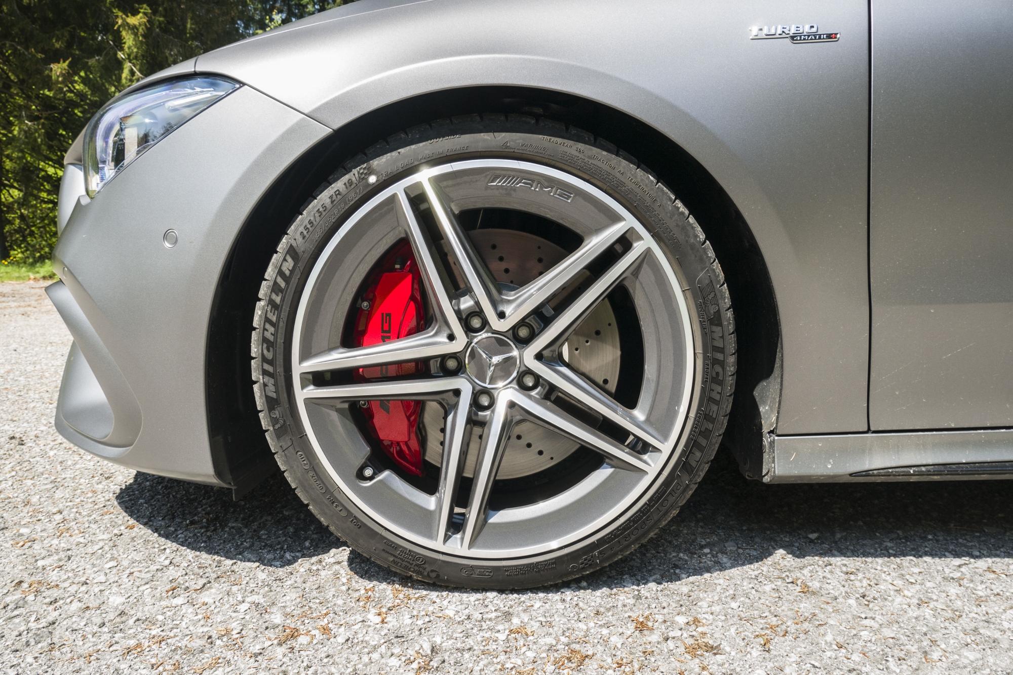 Mercedes CLA AMG 45 S (10)