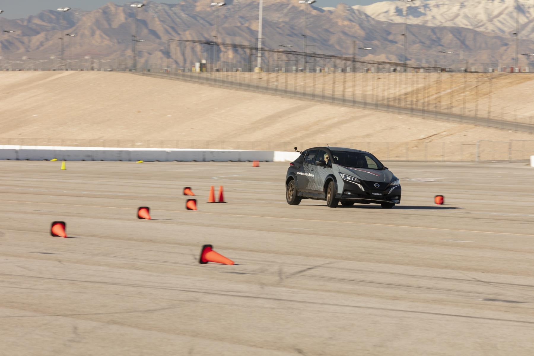 Nissan Leaf prototyp (2)