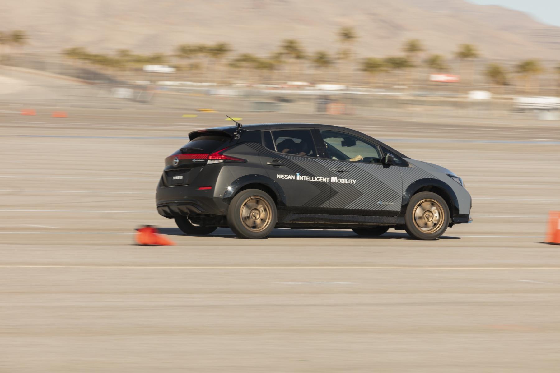 Nissan Leaf prototyp (3)