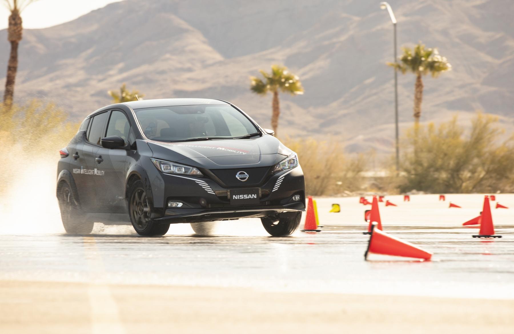 Nissan Leaf prototyp (9)
