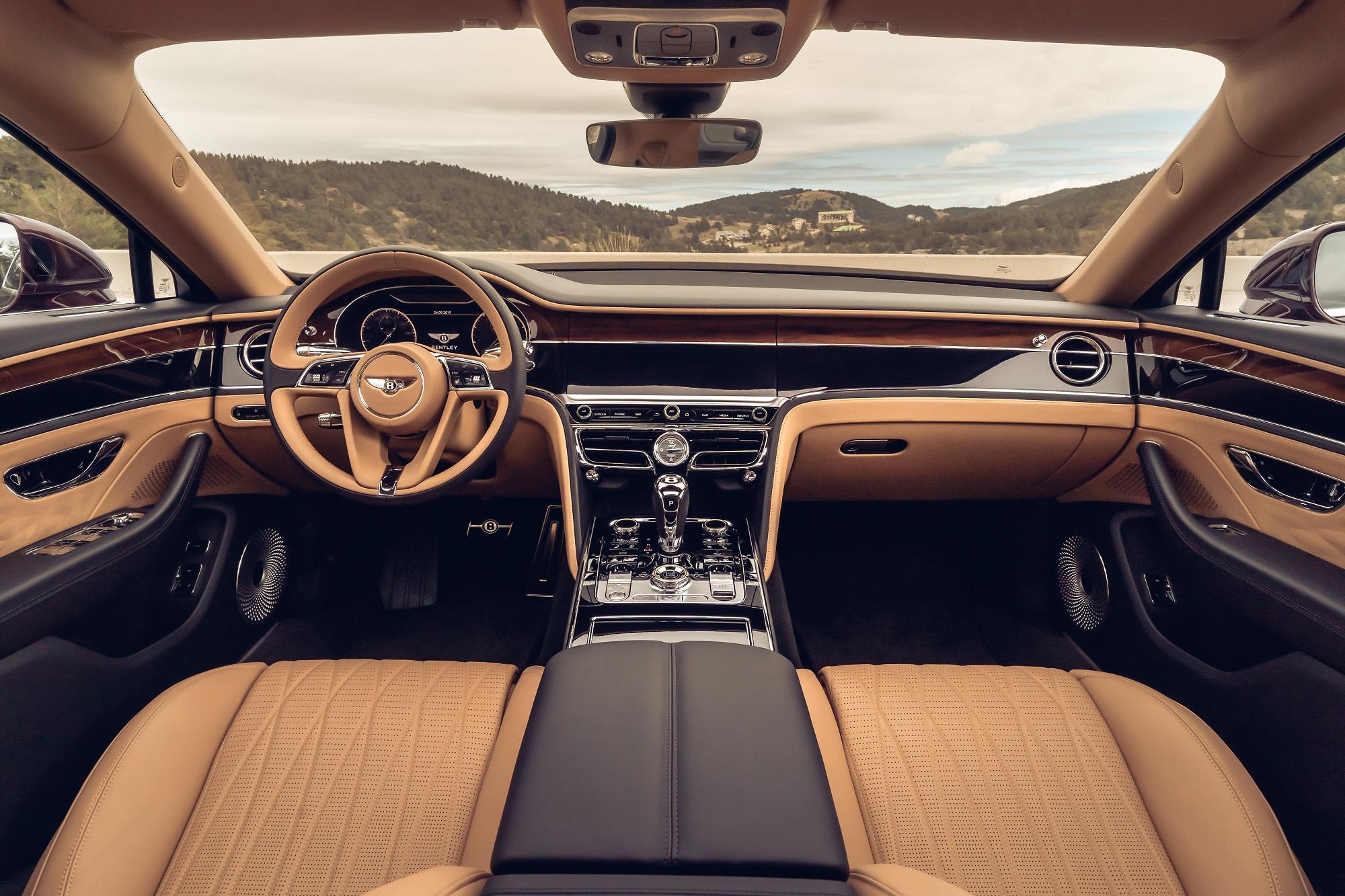 BentleyRotatingDisplay-2