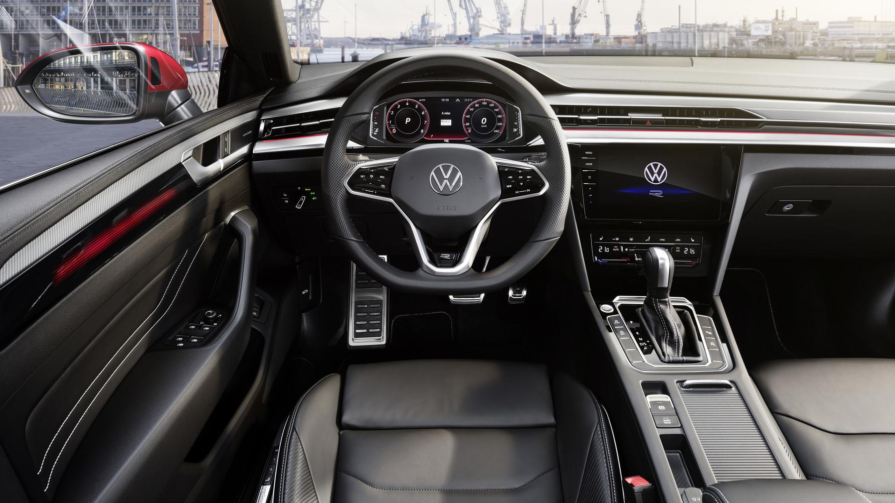 Volkswagen Arteon (10)