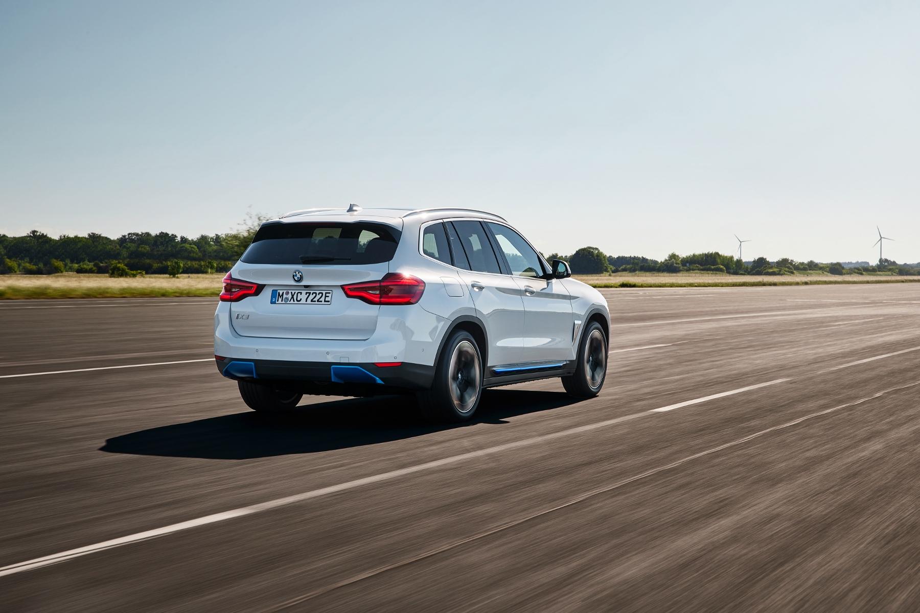 BMW iX3 (5)