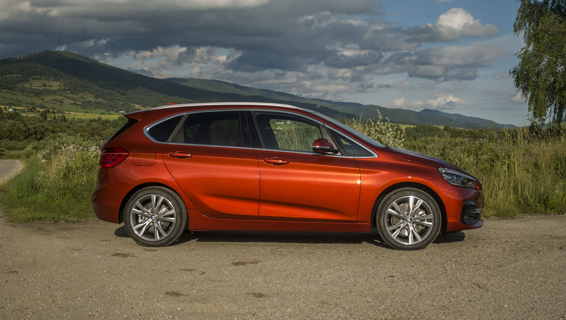 BMW 225 xe (11)