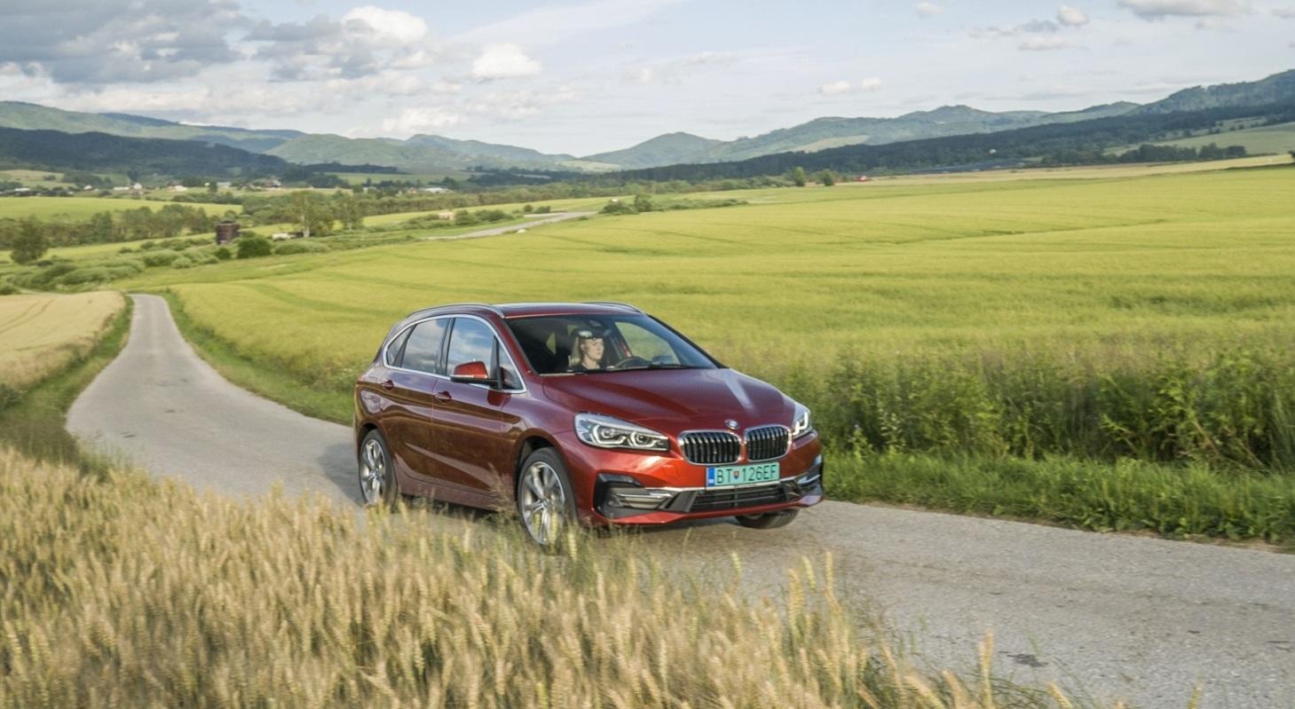 BMW 225 xe (14)