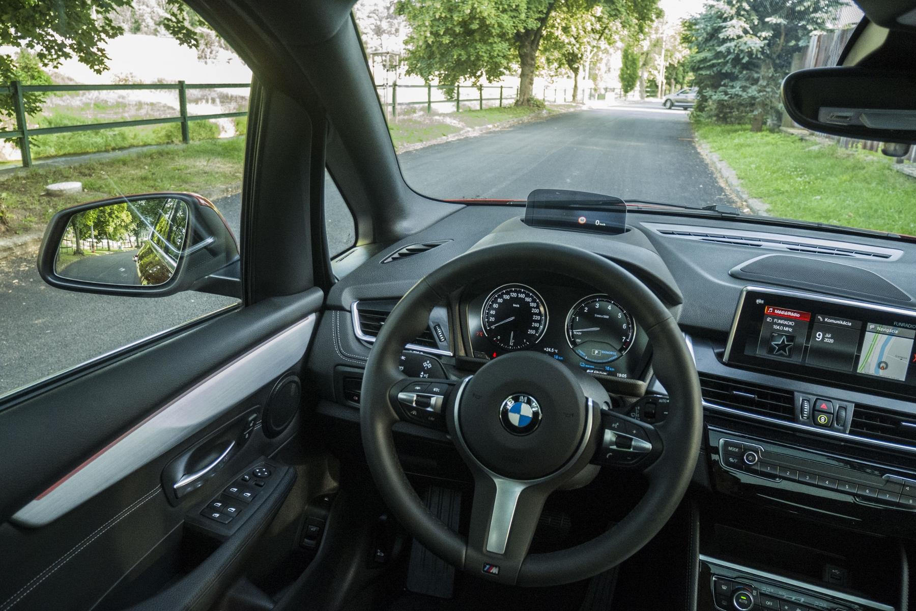 BMW 225 xe (22)