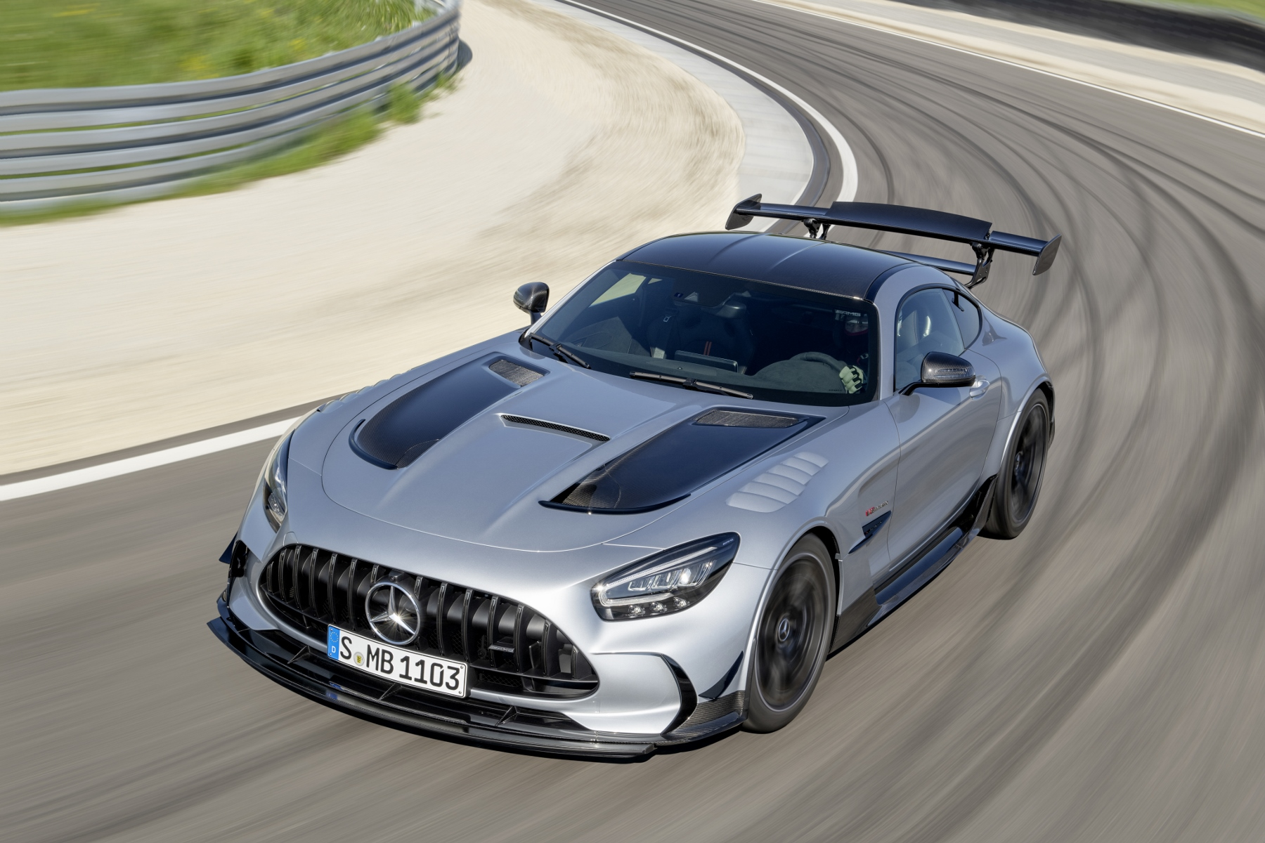 Mercedes AMG GT Black Series (3)