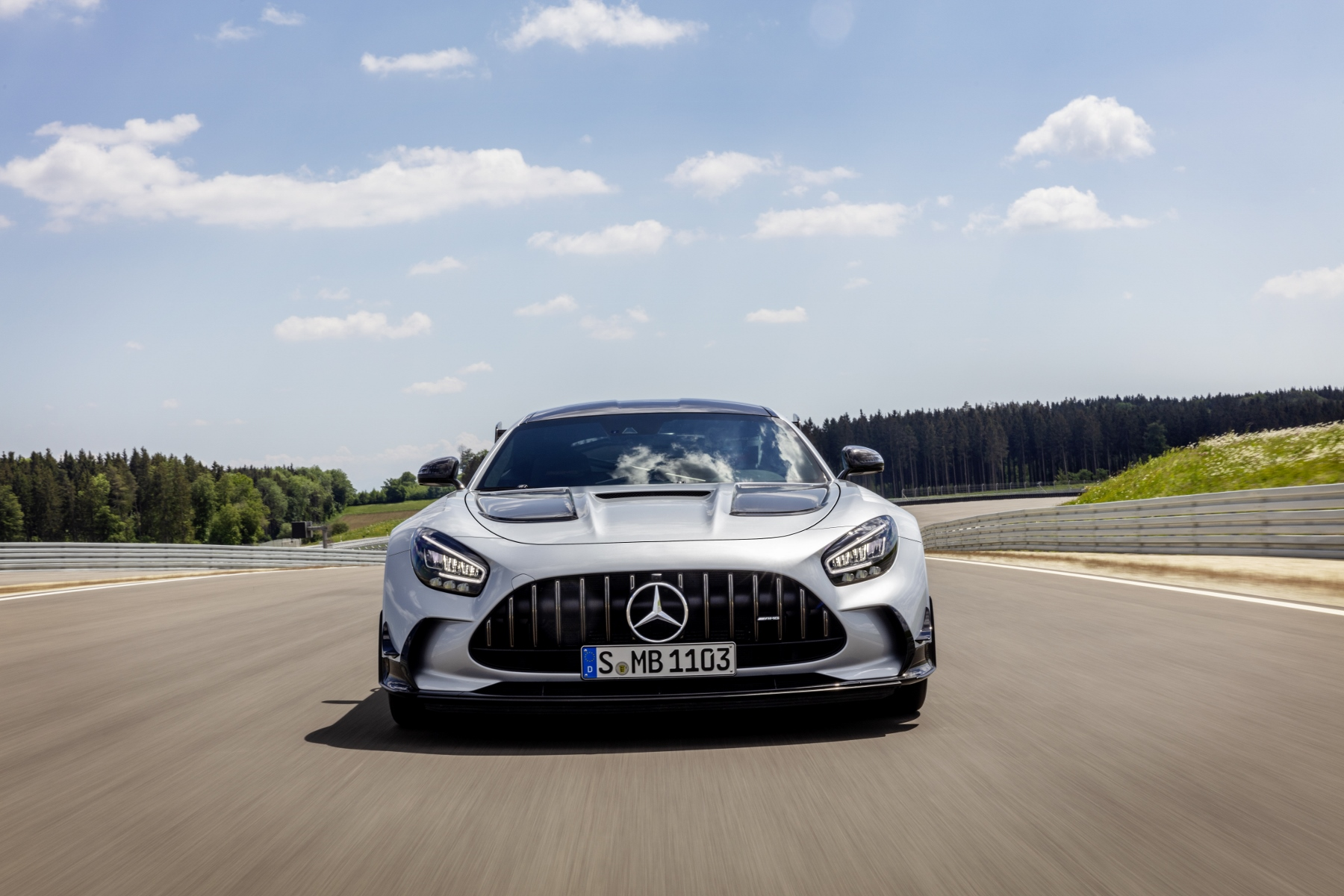 Mercedes AMG GT Black Series (9)