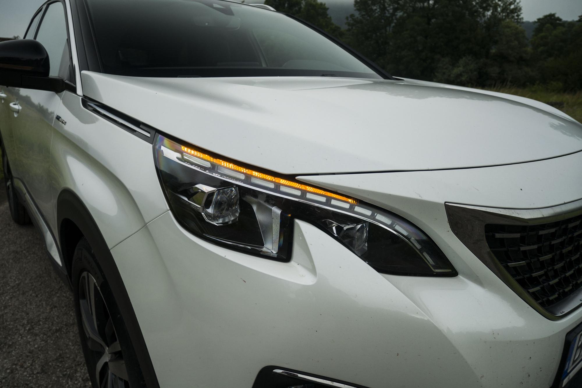 Peugeot 3008 Hybrid4 (4)