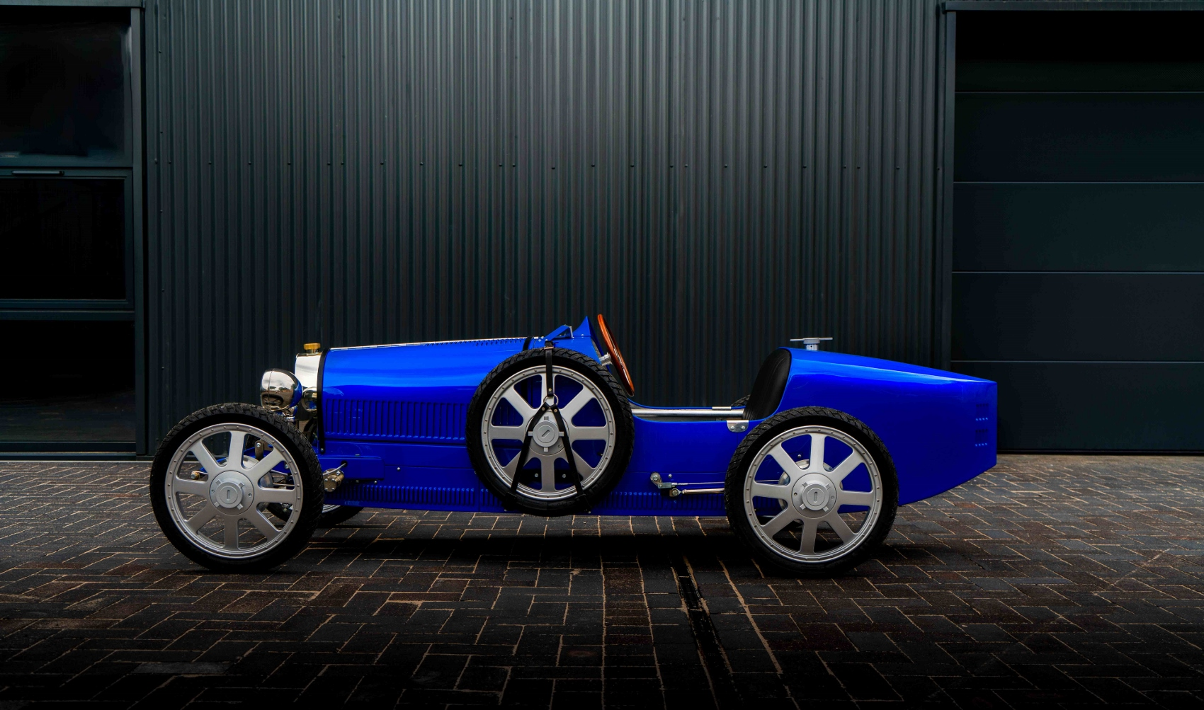 The Bugatti Baby II in French Racing Blue (1700x1003)