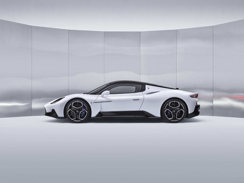 03_Maserati_MC20 (1500x1125)