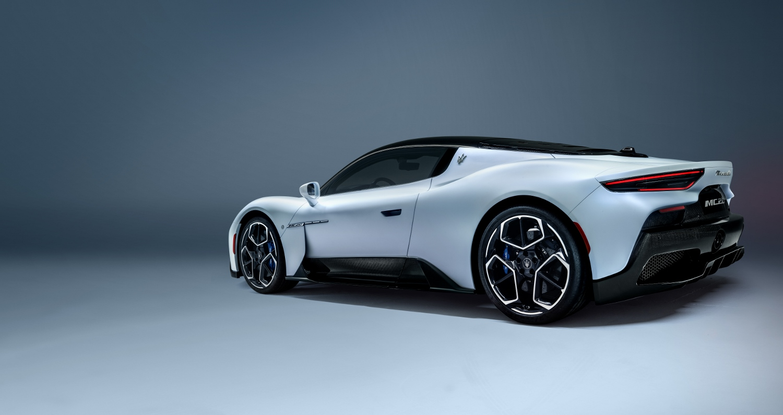 10_Maserati_MC20 (1500x795)