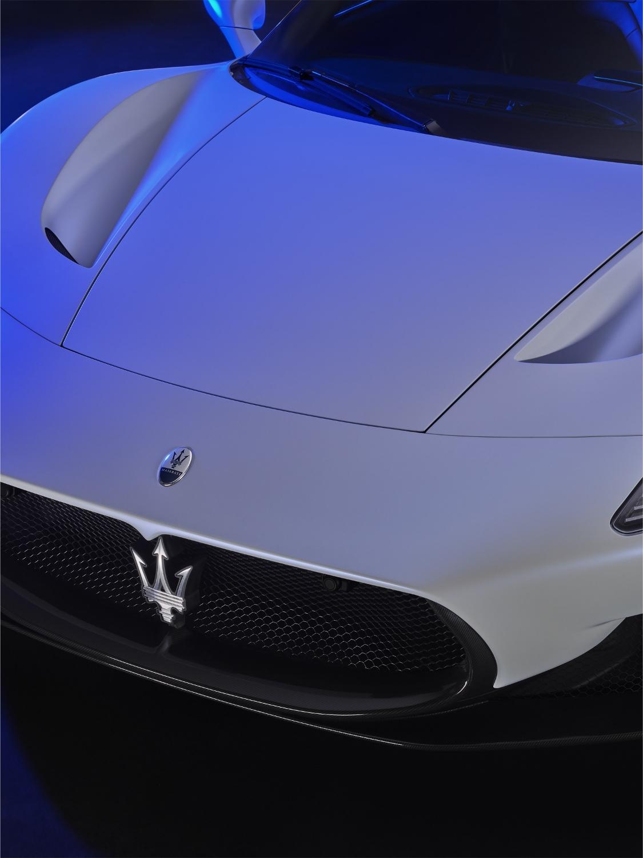 13_Maserati_MC20 (1125x1500)
