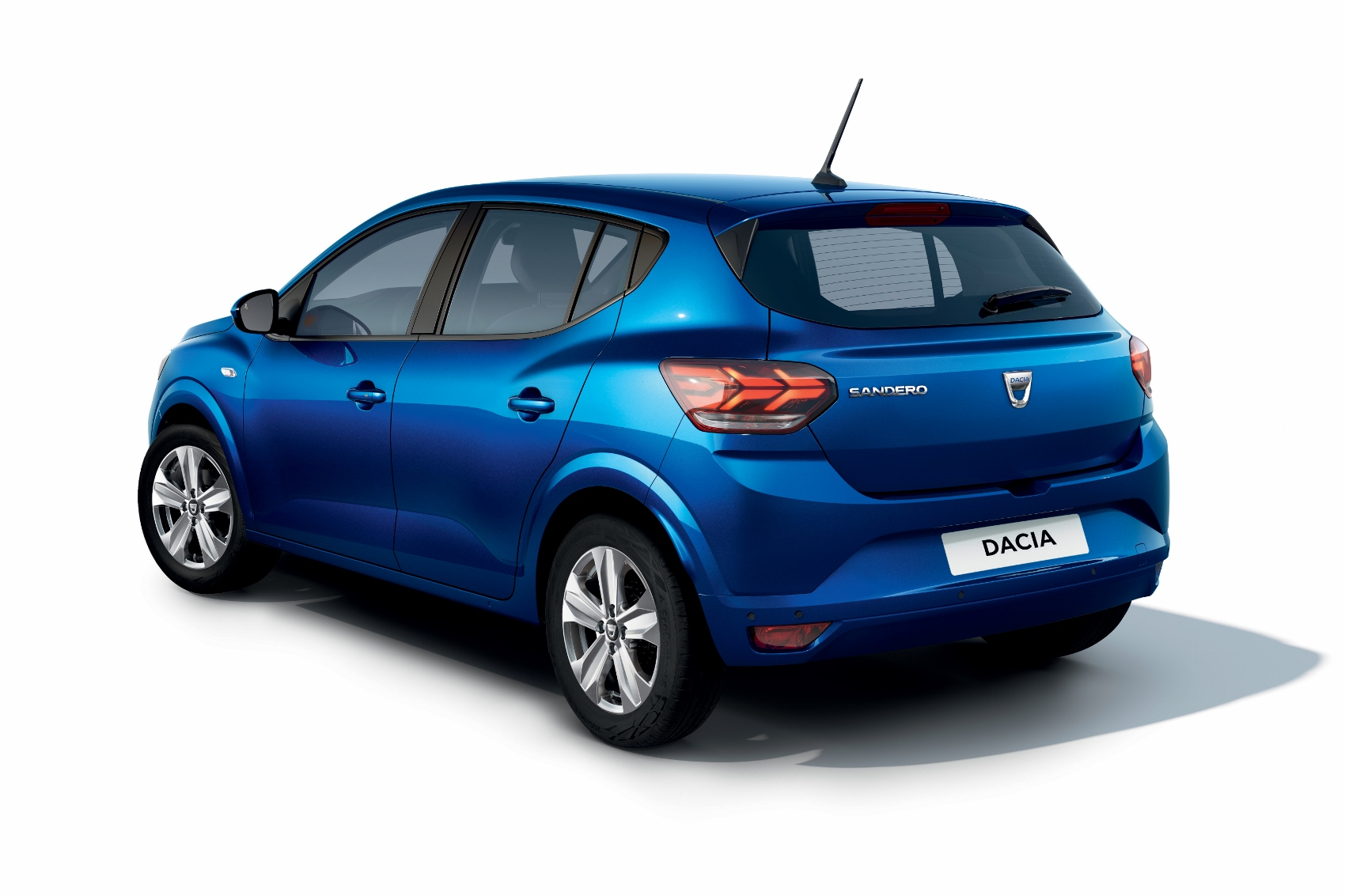 2020 - New Dacia SANDERO (2) (1700x1133)