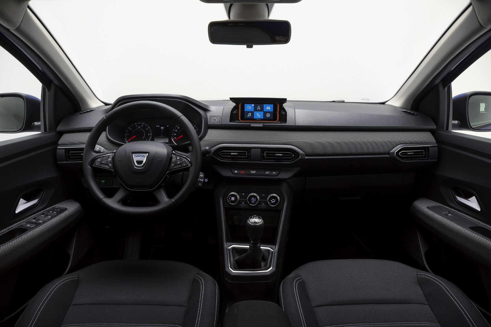 2020 - New Dacia SANDERO (7) (1700x1133)