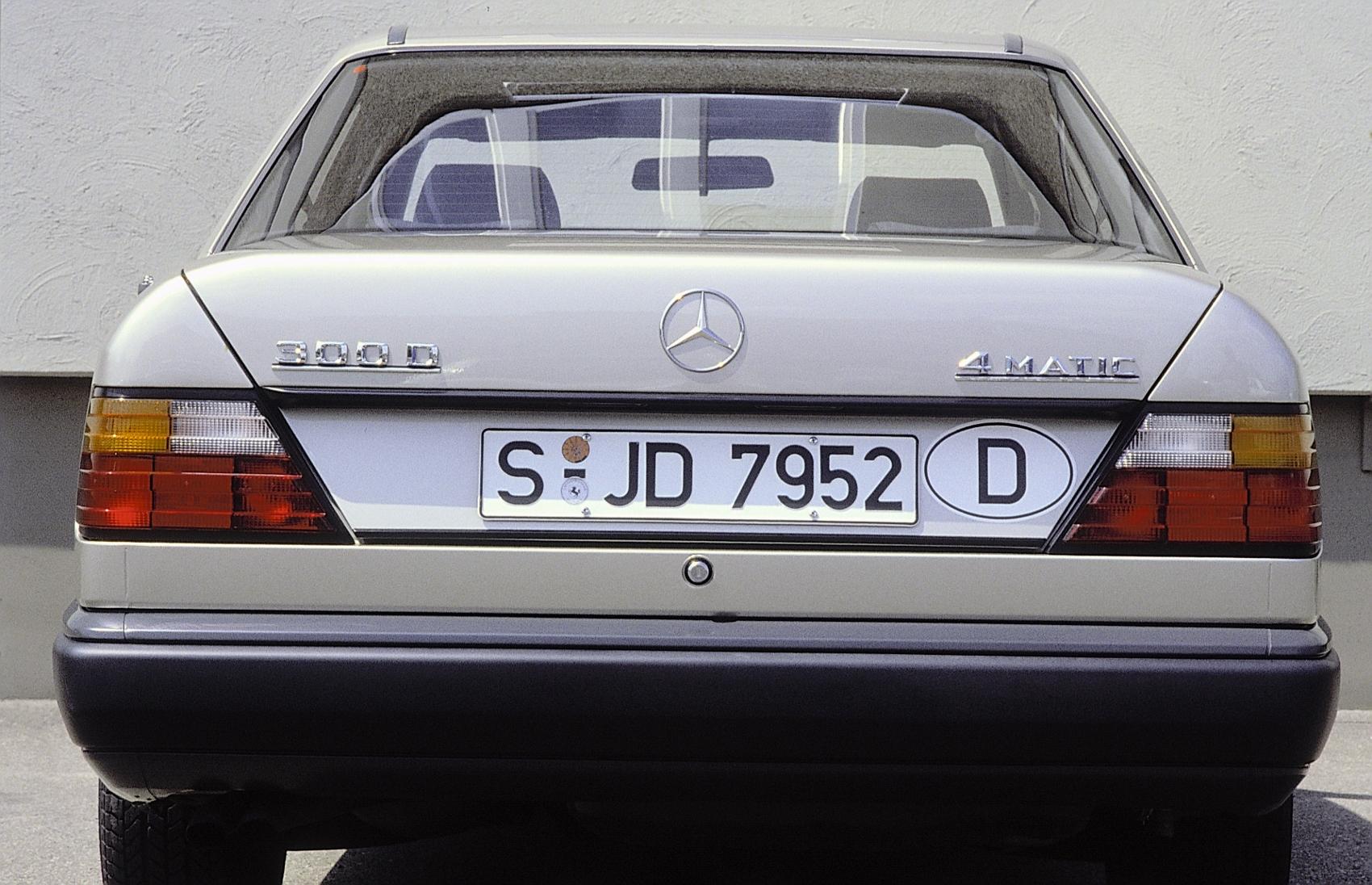 86F76 (1700x1096)