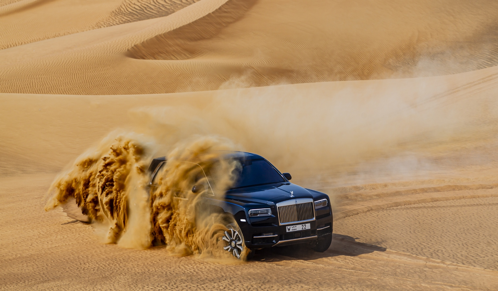 Rolls Royce Cullinan (2)