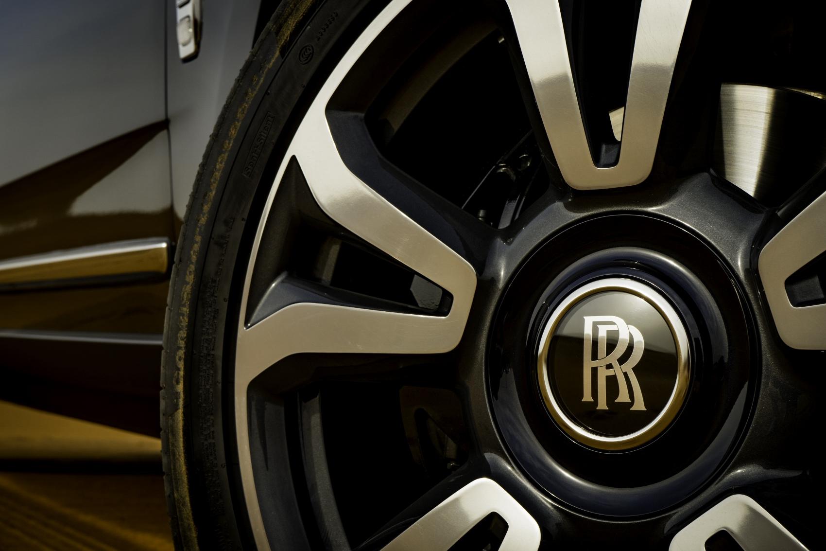 Rolls Royce Cullinan (22)