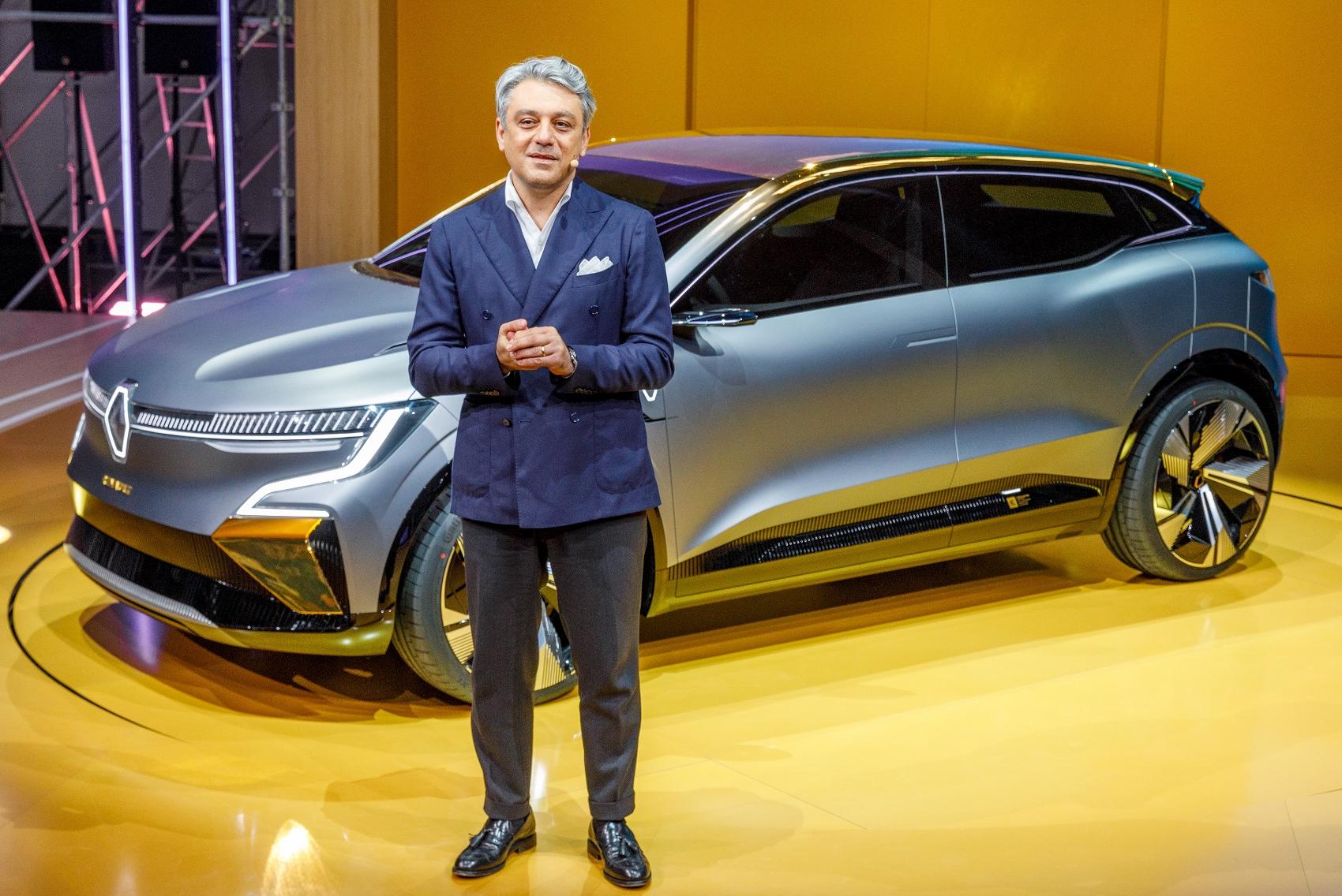 2020 - Renault eWays press conference (1) (1700x1136)