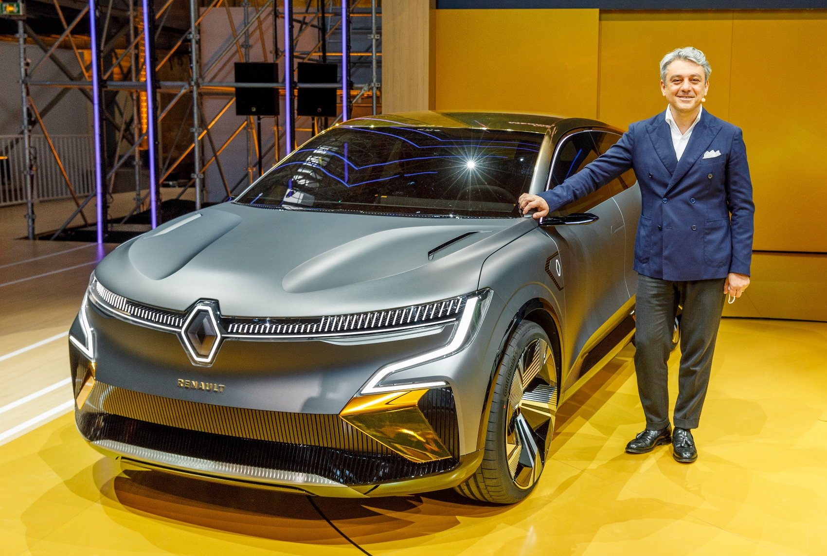 2020 - Renault eWays press conference (9) (1700x1143)