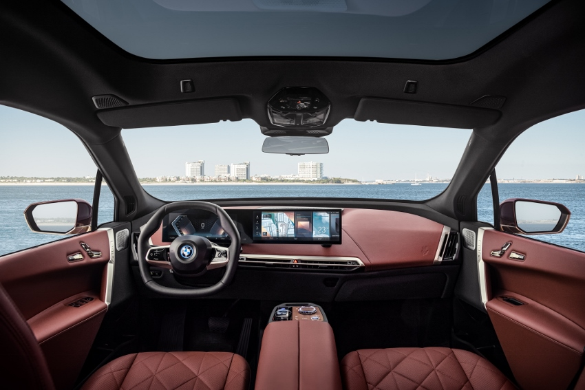 BMW iX (10)