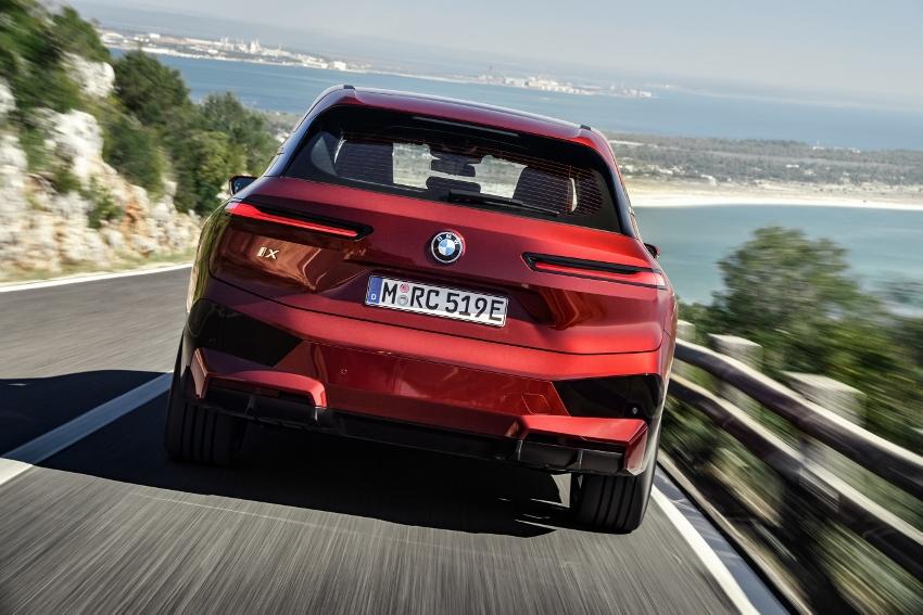 BMW iX (11)