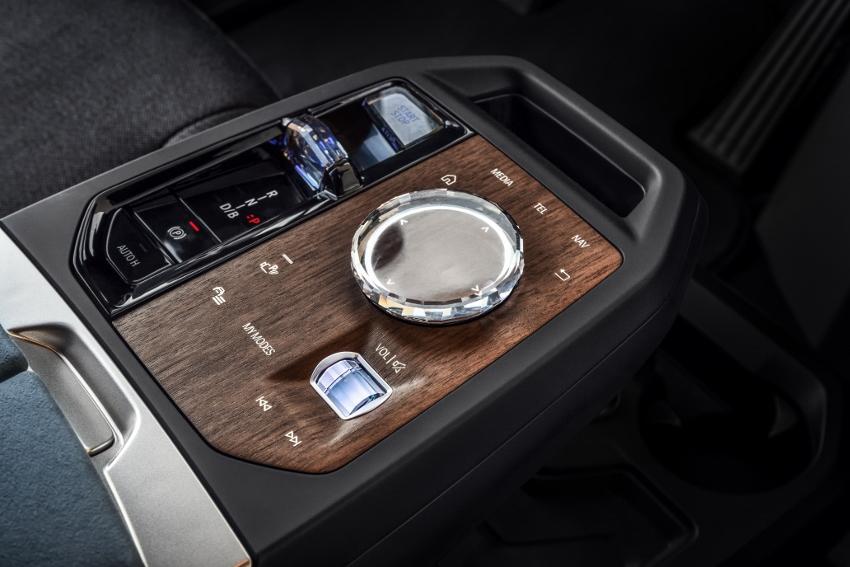 BMW iX (19)