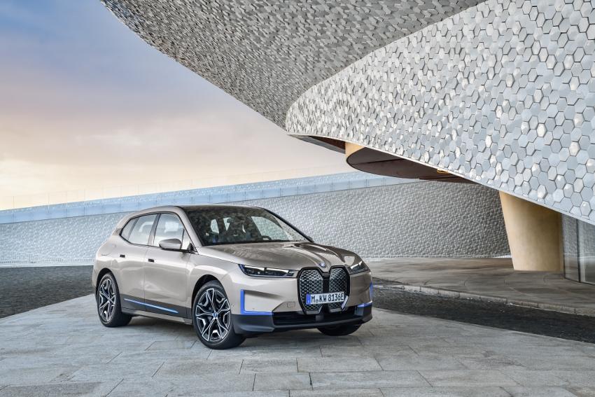 BMW iX (27)