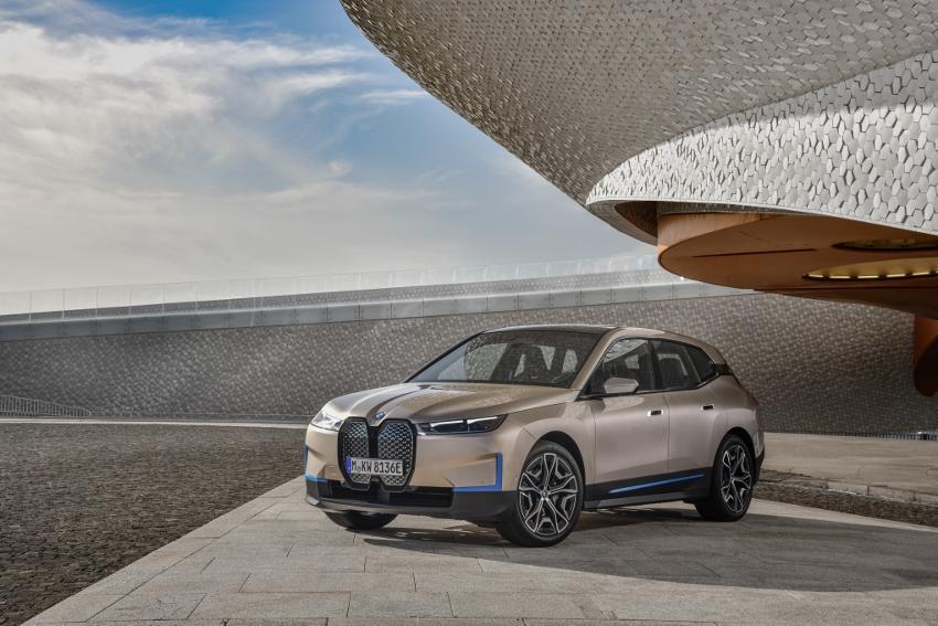 BMW iX (28)