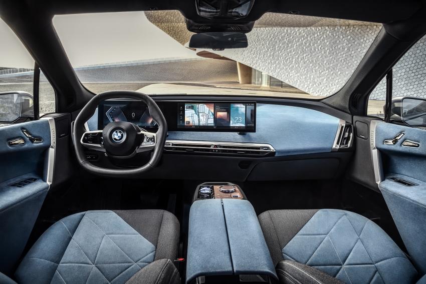 BMW iX (3)