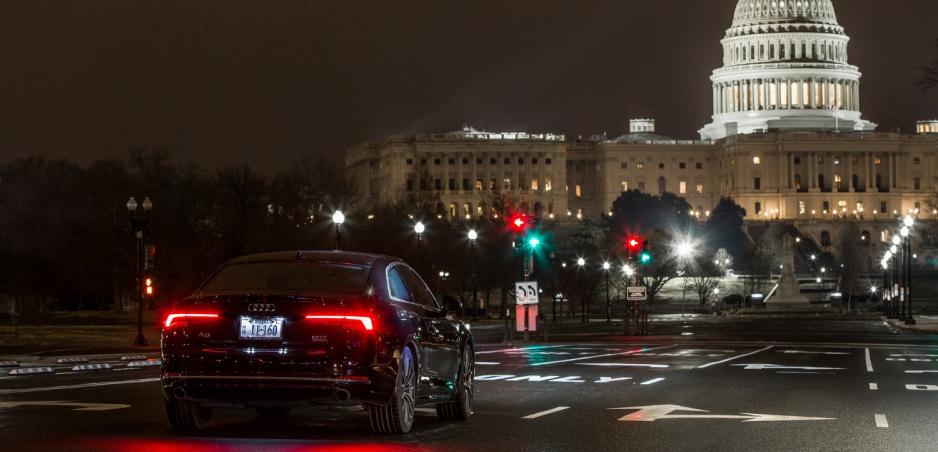 Audi už aktívne komunikuje so semaformi. Povie, kedy naskočí zelená
