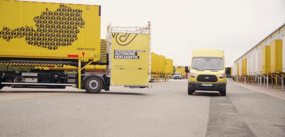Autonómna logistika: Na parkovisku rakúskej pošty nie je ani noha