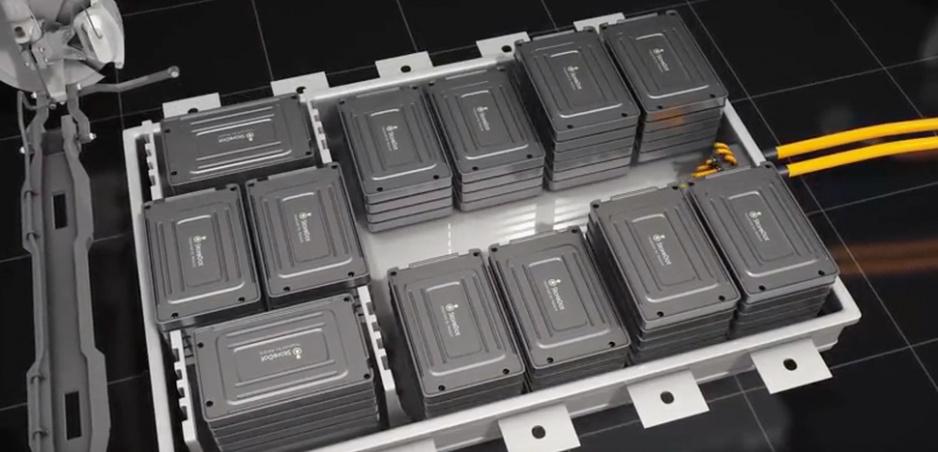"""""""Bleskové"""" batérie sa dostanú do mobilov budúci rok, neskôr ich dostanú elektromobily"""