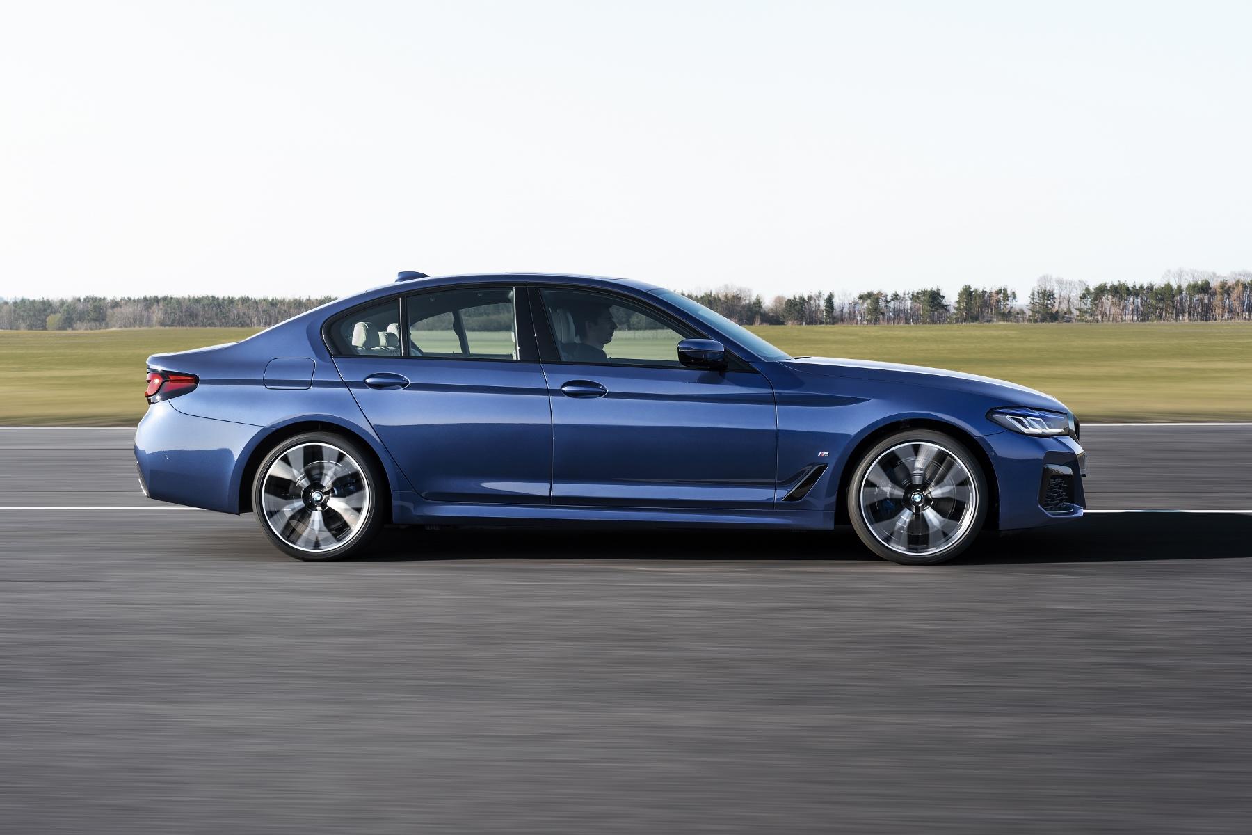 BMW modernizovalo rad 5 a rad 6 GT. Plug in hybrid ponúkne po novom aj kombi