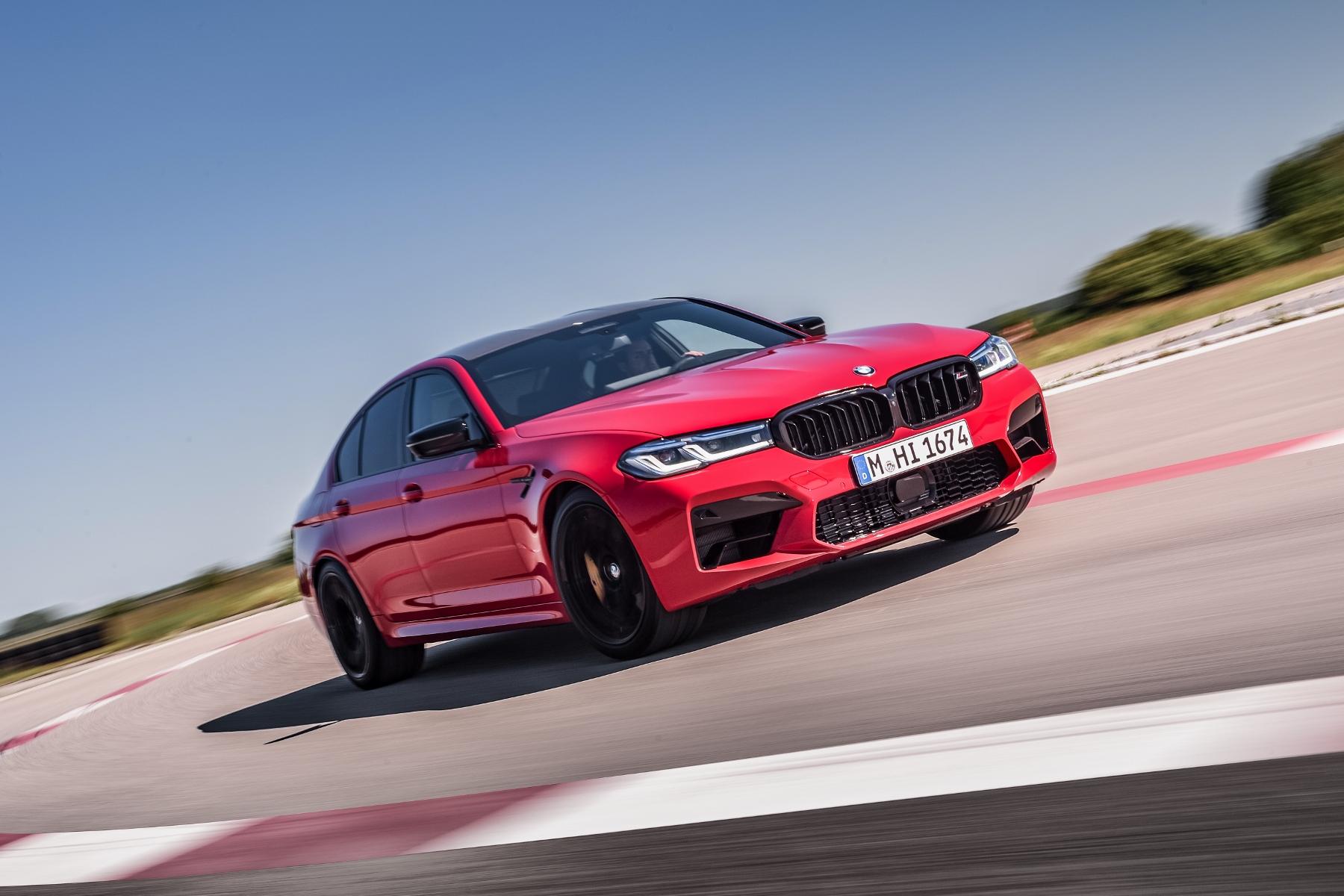 BMW ukázalo vynovené ostré modely M5 a M5 Competition