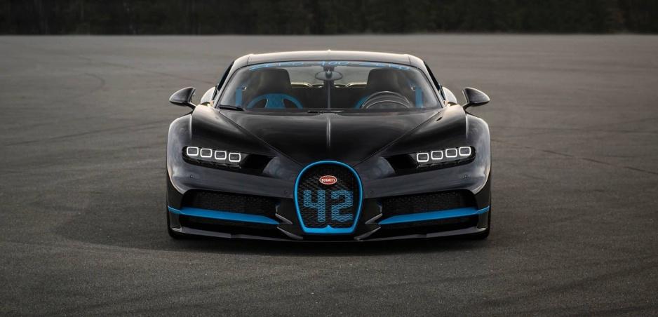 Bugatti Chiron pokorilo svetový rekord. Z 0 na 400 a naspäť v rekordnom čase!