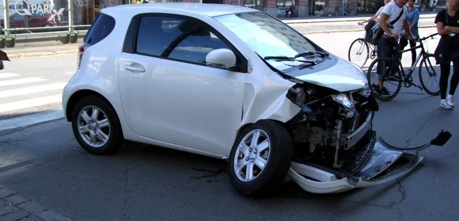 Ďalśie šialené video z ciest ukazuje, aká je bezohĺadná jazda nebezpečná