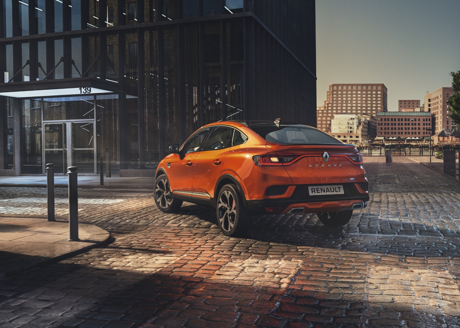 Elegantný Renault Arkana mieri do Európy
