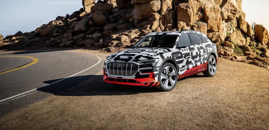 Elektrické SUV od Audi už v septembri. Bude konkurovať Mercedesu