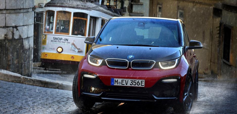 """Elektromobily potrebujú """"rýchlejšie"""" stabilizačné systémy"""