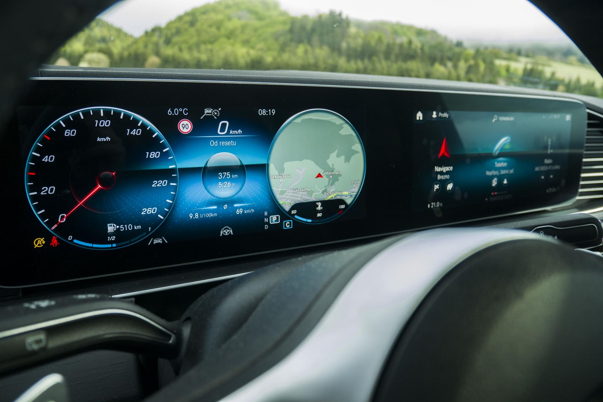 Elektronika dnes tvorí až 40 % ceny auta, ešte porastie