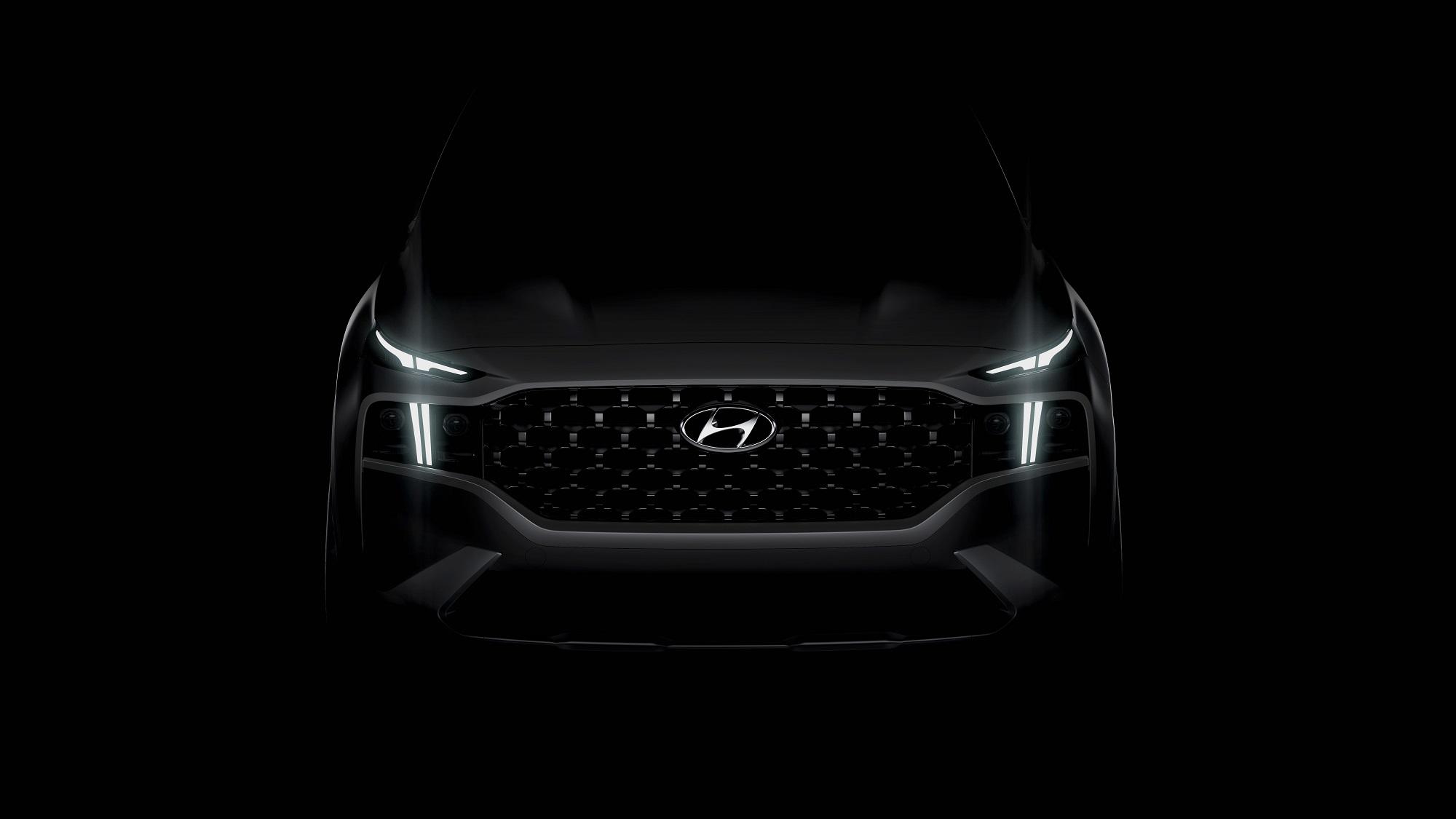 Hyundai Santa Fe dostane drsnejší vzhľad a plug in hybrid