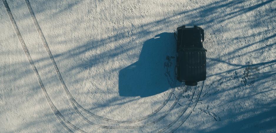 Jazda na štvorcových pneumatikách: Toto doma neskúšajte