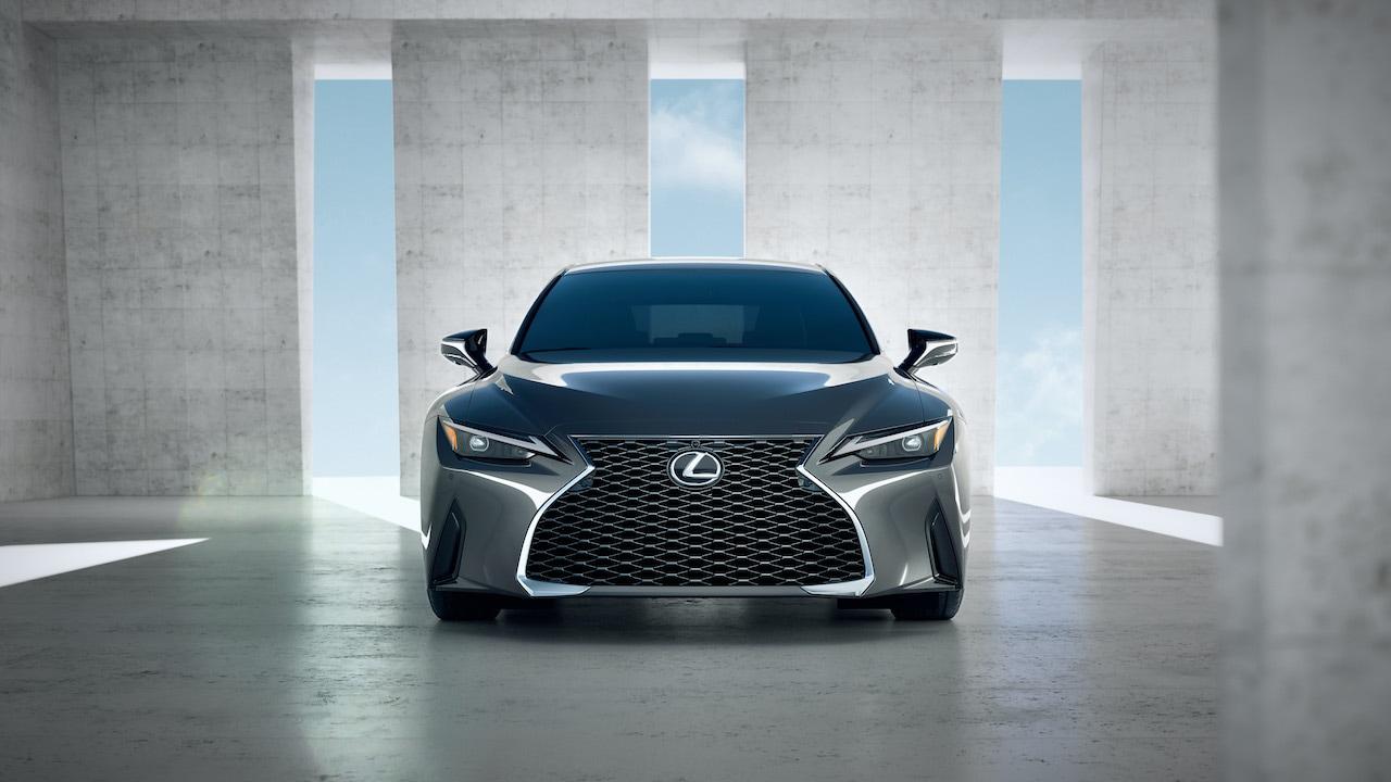 Lexus zrejme pripravuje silnejší model IS pre rýchlu jazdu
