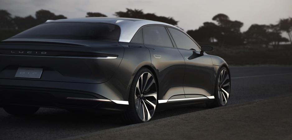 Lucid Motors ukázala novú verziu luxusného elektromobilu Air