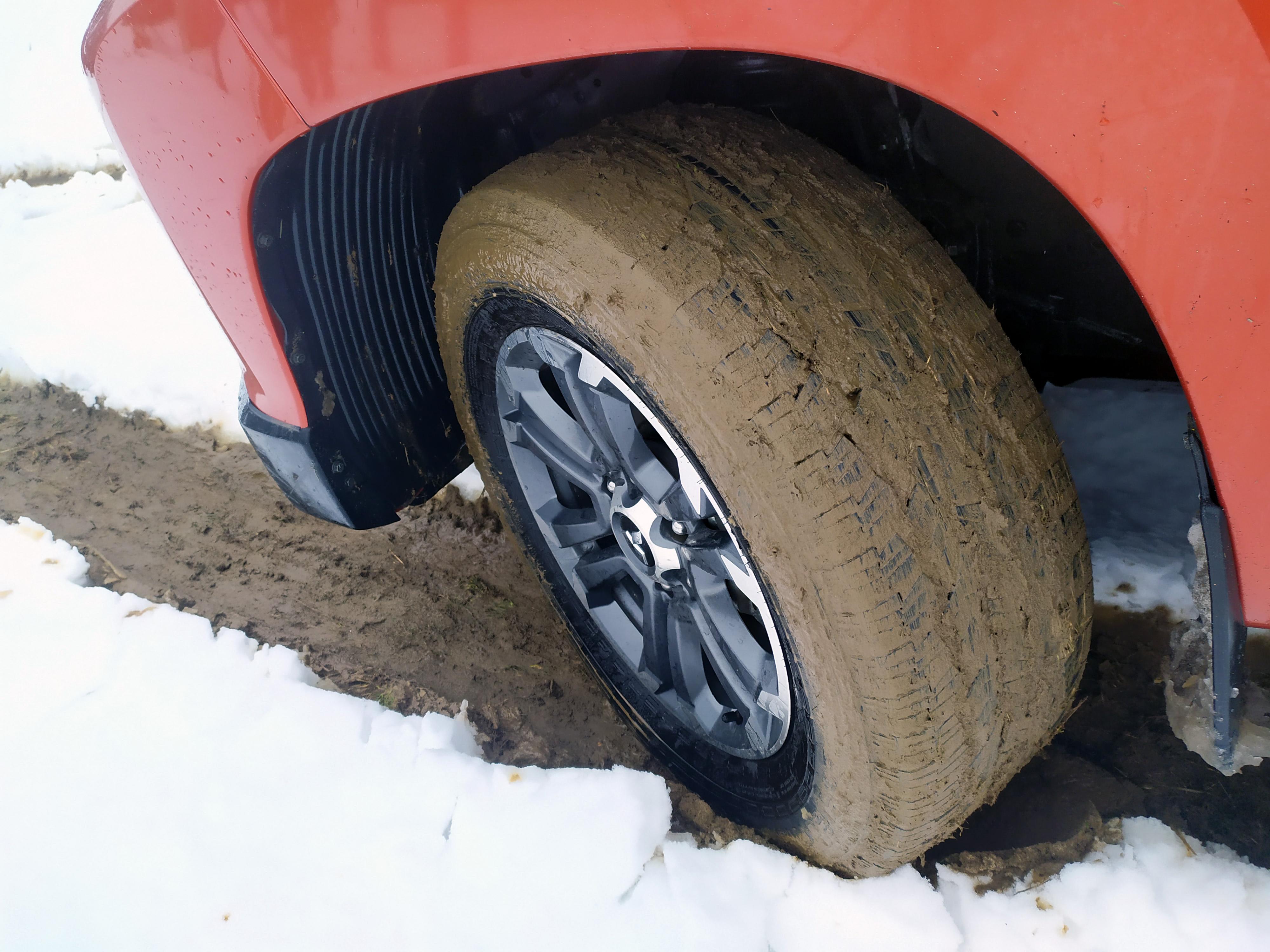 Meniť sady alebo používať celoročné pneumatiky?