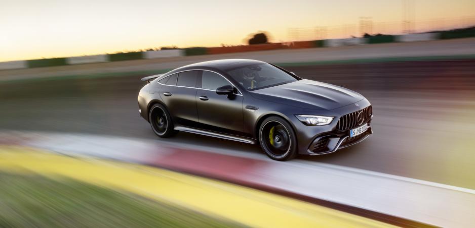 Mercedes AMG plánuje zmenu: Odteraz len štvorkolky
