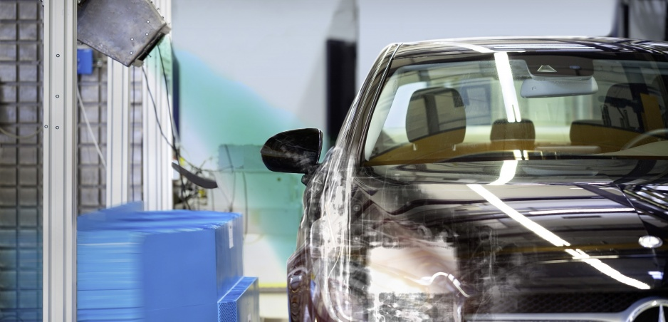 Mercedes využije počas crash testov röntgen