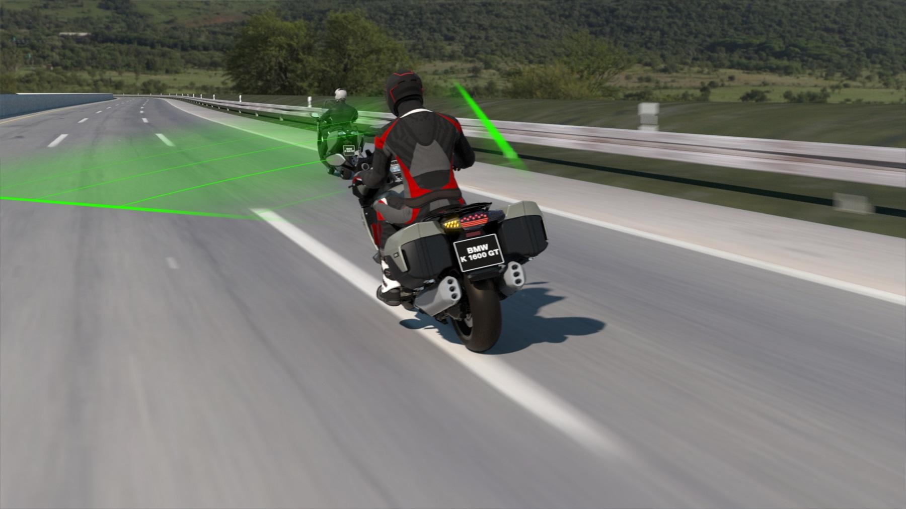 Motocykle BMW dostanú nový adaptívny tempomat